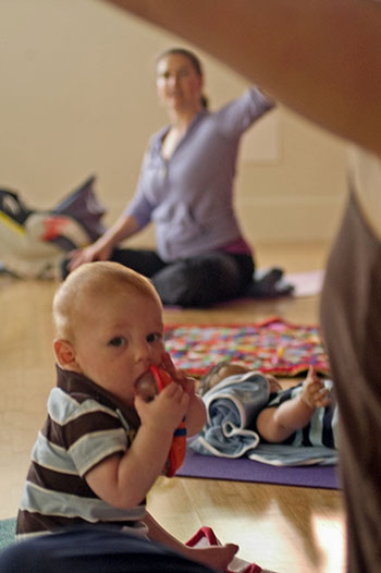 Open Circle provides mom and baby yoga and other fitness courses in Providence, Rhode Island.